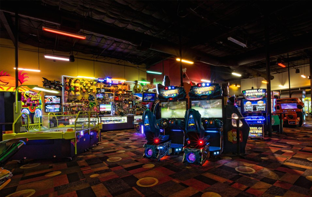Stars and Strikes Family Entertainment Center